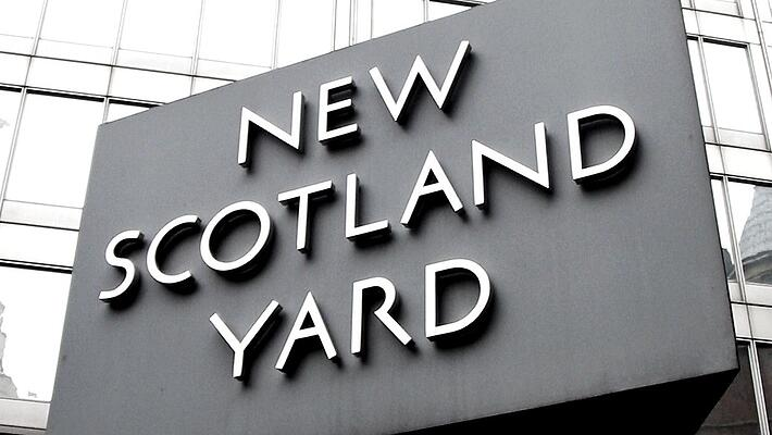 "Scotland Yard ""Is encryption a crime?"""
